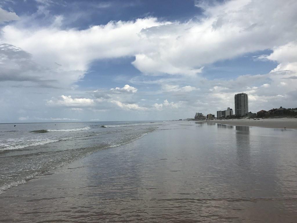 The world 39 s best photos of beach and daytona flickr hive for Landscaping rocks daytona beach