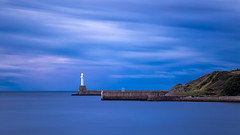 IMG_3506.jpg (___INFINITY___) Tags: 6d aberdeen harbour blue bluehour canon darrenwright dazza1040 eos infinity longexposure magiclantern night scotland sea seascape water
