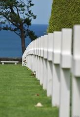 Cimetière Americain - Colleville/Mer (14) (Aurél) Tags: cimetière américain 2017 collevillesurmer ww2 guerre war cross normandie usa