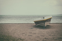 Summer (Graella) Tags: jamaica treasurebeach caribe playa beach platja estiu verano summer barca mar sea arena sand barque barge caribbean travel viajar