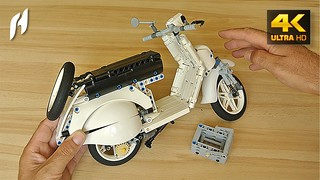 How to Build the Lego Technic Vespa Scooter (MOC - 4K)