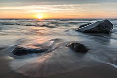 Solnedgang i Hirtshals (photo79.de - Sebastian Petermann) Tags: hirtshals dänemark danmark sonnenuntergang sunset sundown meer strand wasser felsen outofnatureausdernatur
