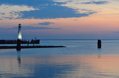 St. Ignace Lighthouse at Dawn (Bruce Bugbee) Tags: lakehuron greatlakes morning sunrise stignace michigan water lighthouse sky