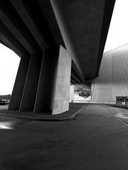 BMW - Werk in Leipzig (ingrid eulenfan) Tags: leipzig bmw werk auto fahrzeug architektur