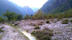 DSC_0696 (Centelleja) Tags: rural acequia albania