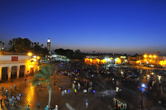 P l a c e Jemaa el fna (i am Nic0) Tags: traveling maroc marrakech place jemaaelfna ciel sky bluesky blue tokina bynight voyageur paysage iamnikon liberty pose photographie places d300 happy nikon nikond300 love lumière makemesmile beautiful morocco berber palmier belleplac grandeplace travel