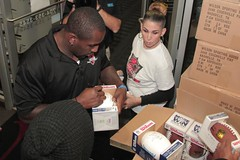"""thomas-davis-defending-dreams-foundation-thanksgiving-at-lolas-0097 • <a style=""""font-size:0.8em;"""" href=""""http://www.flickr.com/photos/158886553@N02/37042945291/"""" target=""""_blank"""">View on Flickr</a>"""