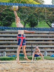 2017-09-04 BBV Men's Doubles (50) (cmfgu) Tags: craigfildespixelscom craigfildesfineartamericacom baltimore beach volleyball bbv md maryland innerharbor rashfield sand sports court net ball outdoor league athlete athletics sweat tan game match people play player doubles twos 2s men