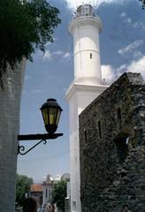 Faro de Colonia del Sacramento (PhantomClickr) Tags: chaikaii chaika color film 400 analog colonia sacramento uruguai uruguay faro farol light luminaria lanterna lighthouse