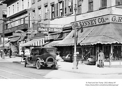 Van tromp and  N. Pearl  1922 albany ny (albany group archive) Tags: 1922 1920s oldn albany ny history historical historic photograph photo vintage picture kinney shoe old store