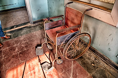 Preston Castle Wheel Chair (Stefan Schafer) Tags: prestoncastle urbex urbanexploration decay urban old exploration vintage california ione rehabilitation schoolofindustry reformatory chair wheelchair