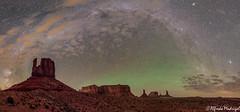 Monument Valley (Alfredo Madrigal) Tags: eeuu usa astronomy astrophotography astrofotografía astronomía astrofoto astrofotografia astronomia monument valley night nikon nightscape desert milky milkyway
