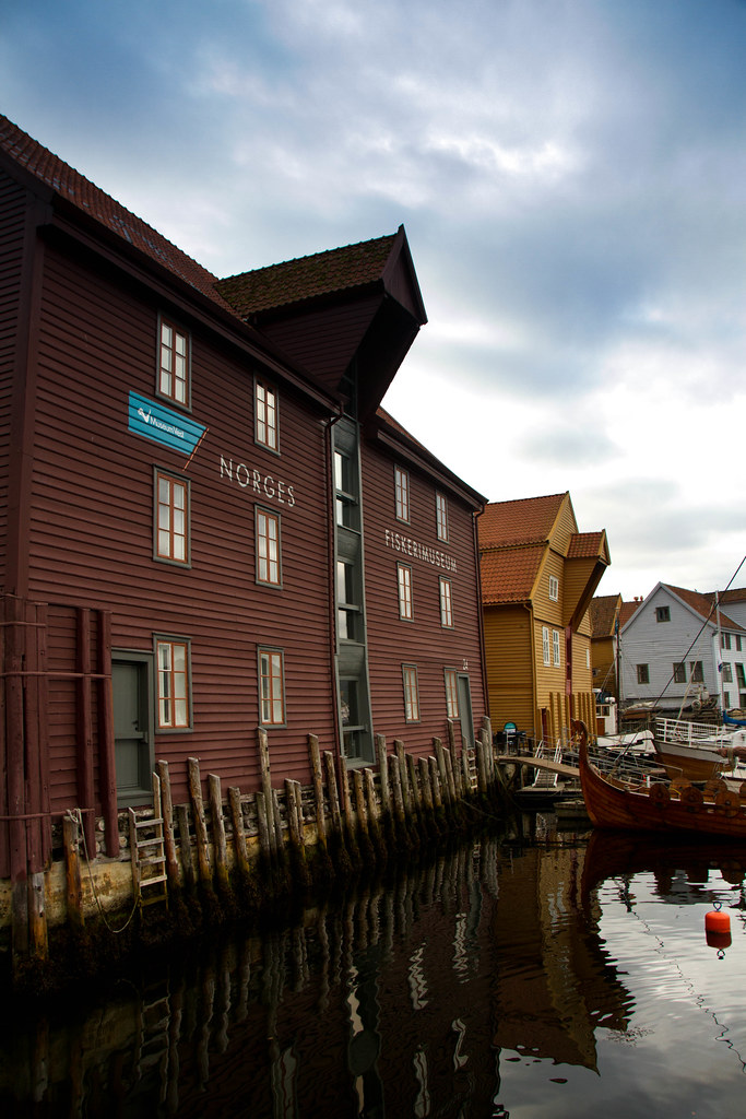 The world 39 s most recently posted photos of bryggen and for Elite fish house