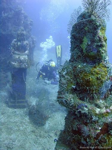 Easy Clay Sculptures : Abandoned places underwater | underwater temple garden, Pemuteran bay bali...