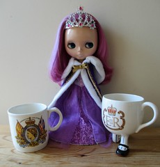 Doll & Bear ABC Challenge 2017 ; R is for Royalty !