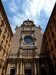 (Lidia Cozar) Tags: montserrat barcelona monasterio monestir monastery building edificio details detalles cielo sky architecture arquitectura