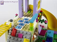 Heartlake City Playground (41325) (kjw010) Tags: lego friends designer contest sienna mia setreview friendsbricks 2017 playground treehouse