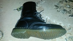 20161229_175454 (rugby#9) Tags: drmartens boots icon size 7 eyelets doc martens air wair airwair bouncing soles original hole lace docmartens dms cushion sole yellow stitching yellowstitching dr comfort cushioned wear feet dm 10hole black 1490 10 docs doctormarten shoe footwear boot indoor