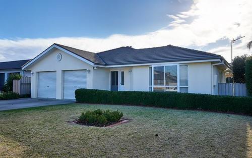 89 Yentoo Drive, Glenfield Park NSW