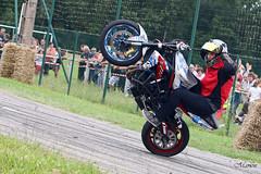MG-COS-16 (Ma' Moune) Tags: moto motard motarde bike bikeur casque échapement road route roue pneu welsch stunt drift stundrider