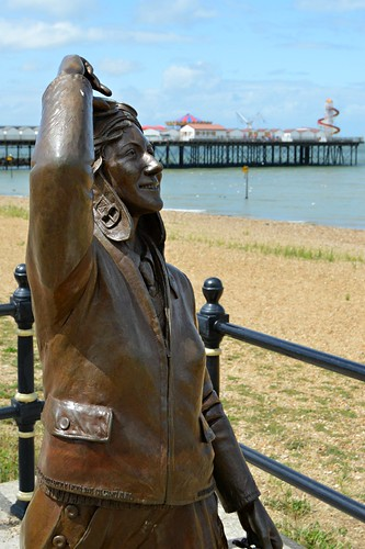 Amy Johnson - Statue - Herne Bay, Kent