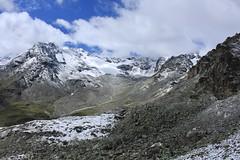 Rochers des Boucs, glacier des Ecoulaies (bulbocode909) Tags: valais suisse valdesdix montagnes nature paysages nuages neige vert bleu dixence hérémence rochersdesboucs glacierdesecoulaies
