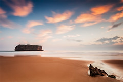 The Game of the Clouds and the Water Flow (DavidFrutos) Tags: davidfrutos andrín ballota asturias canondslr 5dmarkii canon1740mm singhraygnd09gallenrowell longexposure largaexposición sea isla roca rocas rocks rock minimalismo minimal minimalist sunrise amanecer neutraldensity densidadneutra filtro filtros filter filters hitech playa beach nd gnd le lee nature naturaleza landscape seascape waterscape atmosphere ambiance fineart paisaje agua water colourful color colour colors colours minimalism