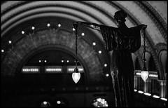 The Watcher (argentography) Tags: trainstation statue zeissikon super ikonta 6x9 mediumformat folder tessar ilford delta3200 stlouis midwest missouri unionstation bahnhof