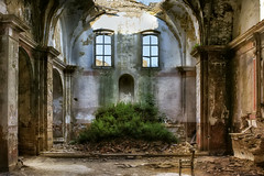 Craco #07 - the gost town ... (Roberto Defilippi) Tags: 2017 632017 rodeos robertodefilippi craco chiesa church sannicola rovine abandoned