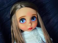Innocence (Antiphane) Tags: poupée doll dsiney animators raiponce rapunzel custom ooak repaint