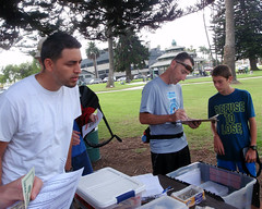 005 Filling Forms And Paying Fees (saschmitz_earthlink_net) Tags: 2017 california orienteering laoc losangelesorienteeringclub venturacounty ventura