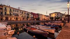 dreams (DerSchneeEngel) Tags: urlaub fototour 6 uhr morgens wasser hafen italien gardasee restaurante sonnenaufgang boote fischer langzeitbelichtung laziese sommer sonne sonyalpha77m2 sony sonyalpha