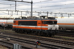 LOCON, 9908 (Chris GBNL) Tags: locon train trein 9908