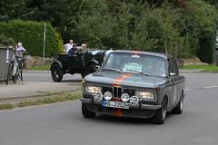 1969 BMW 2000 tii (Hamburg PORTography) Tags: rallye hamburg berlin klassik classic vintage car oldtimer auto vehicle rausdorf 2017 hoonose68 germany deutschland canoneos6d canon eos 6d sgrossien grossien 1969 bmw 2000 tii againstautotagging