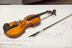 funcrunch-20170813-7790 (funcrunch) Tags: leviolondejos wikimania wikimedia wikipedia conference violin montréal québec canada ca