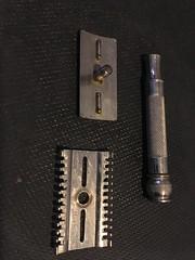 """Late 1930's Gillette """"New"""" Razor"""