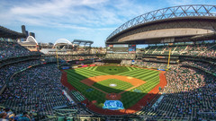 Kudos to the Grounds Crew (writing with light 2422 (Not Pro)) Tags: seattlemariners safecofield edgar 11 retirednumber edgarmartinez exce11ence groundscrew mown richborder washingtonstate sonya77 mlb baseball americanleague