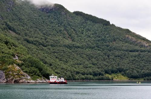 norway cruise hurtigruten svartisen glacier