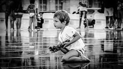 Innocence (YᗩSᗰIᘉᗴ HᗴᘉS +12 000 000 thx❀) Tags: innocence child bordeaux bn bw noiretblanc monochrome hensyasmine miroir water miroirdeau