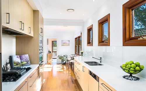 7 Taronga Avenue, Mangerton NSW