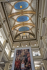 They don't build department stores like they used to. Macy's-Marshall Fields (Chicago 8-17-17  016) (cbonney) Tags: chicago loop illinois macys marshall fields flagship store atrium gucci architecture