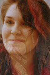 DSC_6277 Invierno (Aprehendiz-Ana Lía) Tags: aire libre digital nikon portrait retratti mujer dona donna femme analialarroude calle invierno city porteño argentina buenosaires robada flickr frau mulehr woman winter