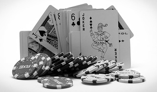 TEST: POKER CARDS & CHIPS