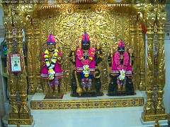 NarNarayan Dev Shayan Darshan on Wed 13 Sep 2017 (bhujmandir) Tags: narnarayan dev nar narayan hari krushna krishna lord maharaj swaminarayan bhagvan bhagwan bhuj mandir temple daily darshan swami shayan