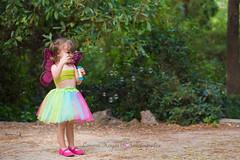 Soplando burbujas (Lorena Hoyos Fotografía) Tags: kids niños fotografía infantil retrato portrait fairy fairytale hada cuento capricho madrid
