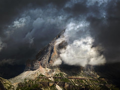 Weather to change... or not (Robyn Hooz) Tags: tofana rozes clouds temporale nuvole cadore mountains montagne luce light sole darkness storm dolomites