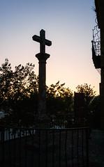 Sunrise, cross, balcony (Tiigra) Tags: ronda andalucía spain es 2015 balcony cross fence lattice light monument renaissance town