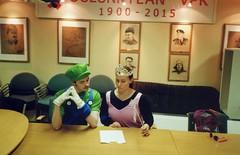 Meeting with Peach and Luigi (ture360) Tags: olympusμ fujicolorsuperiaxtra400 oulunkylänvpk analog luigi princesspeach filmcamera epsonv200 selfscanned magicwand