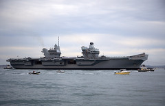 HMS Queen Elizabeth (Bernie Condon) Tags: carrier aircraftcarrier military warship navy rn royalnavy qec queenelizabethclass queenelizabeth hmsqueenelizabeth hermajestysship hms uk british ship boat biglizzie