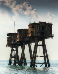 Redsands Four (Nigel Jones QGPP) Tags: redsands maunsellforts sea army ww2 defence rust ruin